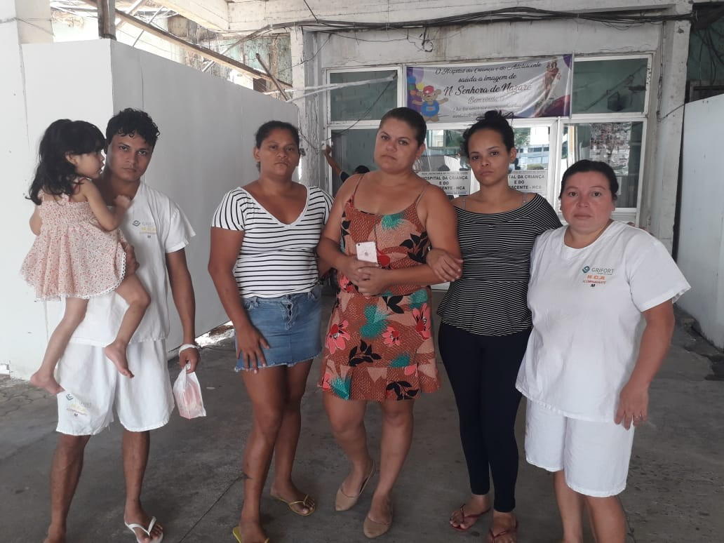 Sem antibióticos e materiais básicos, pais protestam no Pronto Atendimento Infantil do AP - Notícias - Plantão Diário