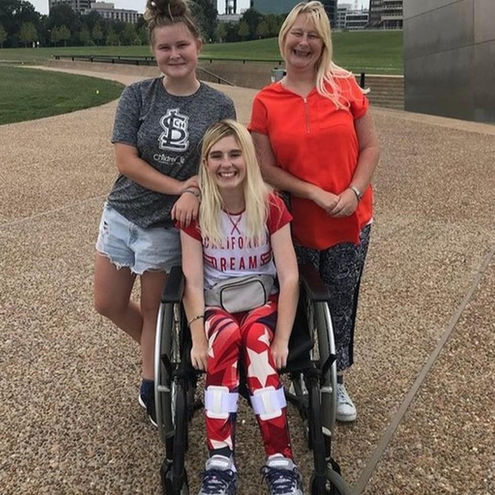 Jade Owen usa cadeira de rodas desde os 11 anos — Foto: Jade Owen/BBC