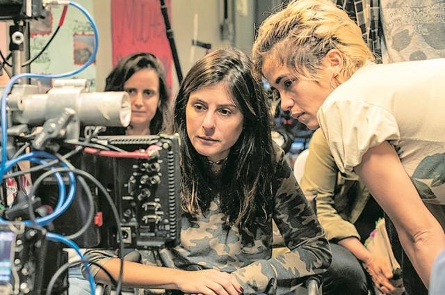 A diretora Joana Jabace e Nanda Costa  (Foto:  Globo / Maurício Fidalgo)