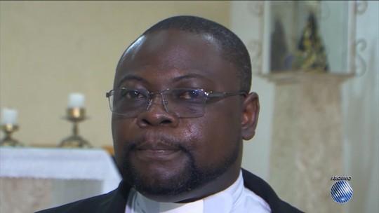 Após ofensas a padre em áudio de WhatsApp, arquidiocese emite nota de solidariedade: 'Racismo é crime'