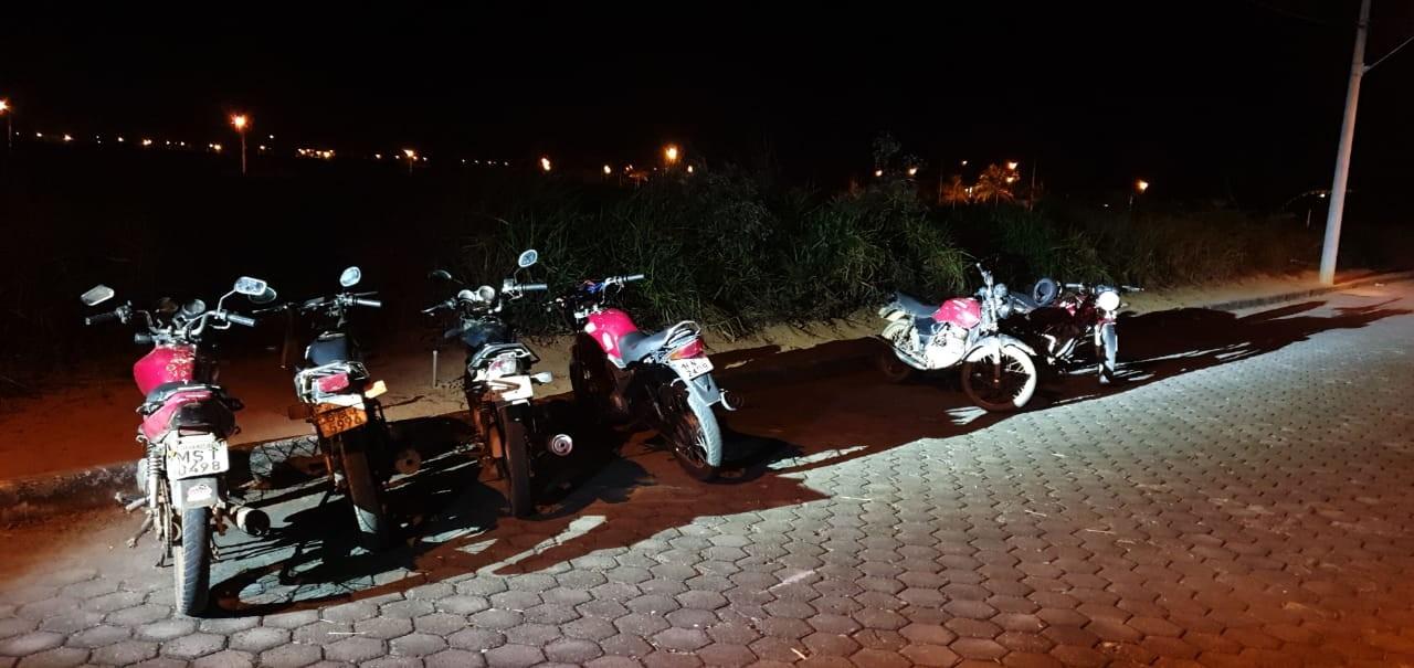 Após denúncia, polícia acaba com festa irregular de motociclistas em Governador Valadares