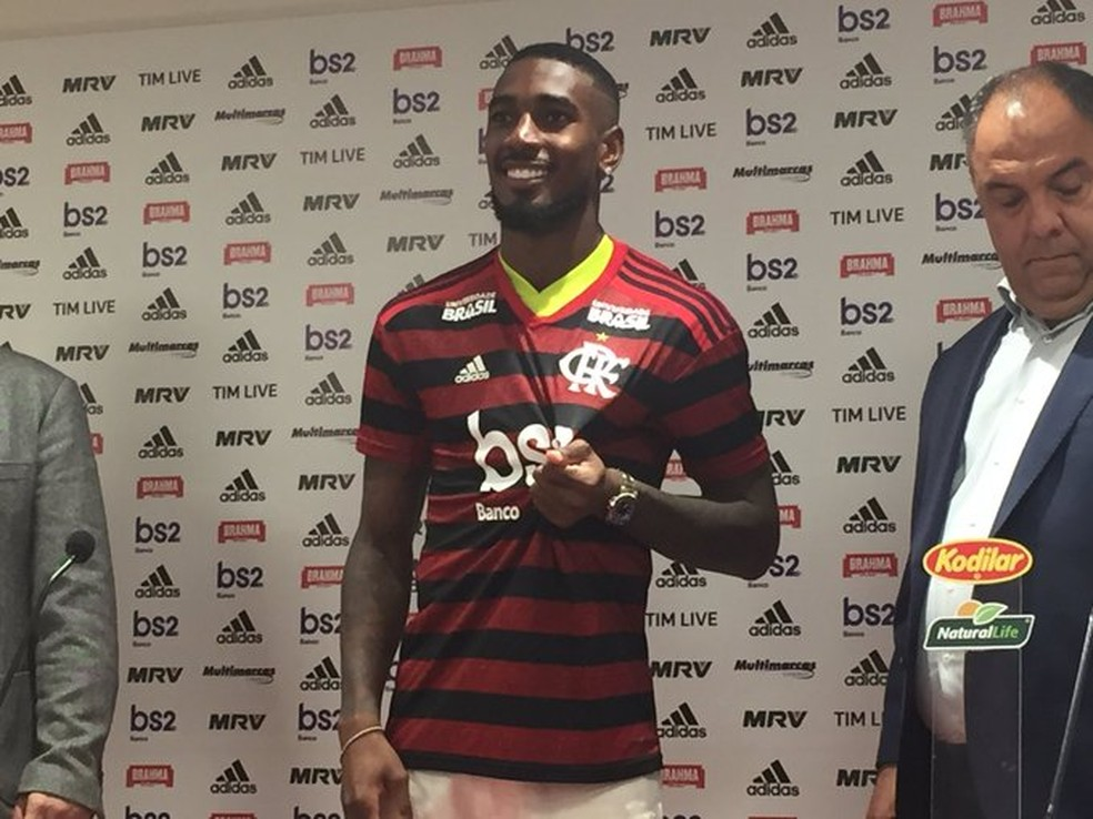 Gerson, Flamengo, Apresentação, Marcos Braz, Bruno Spindel — Foto: Thiago Lima/GloboEsporte.com
