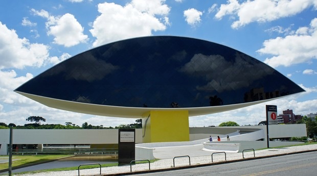 Museu Oscar Niemeter (Foto: Reprodução/ Wikimedia Commons)