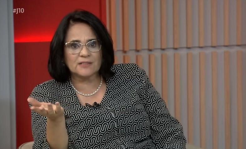 politica-ministra-damares (Foto: Reprodução/Globonews)