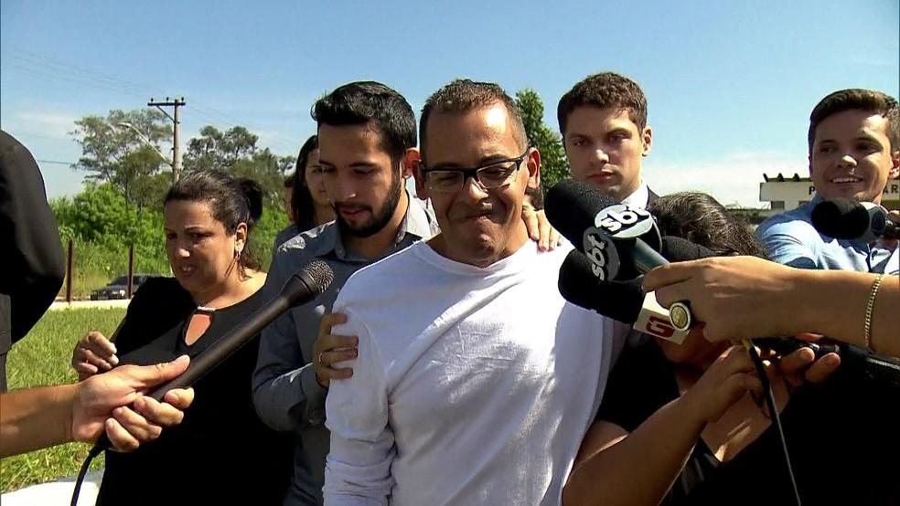 Atercino Ferreira de Lima Filho, de 51 anos, foi liberado após um ano preso injustamente (Foto: Reprodução/GloboNews)