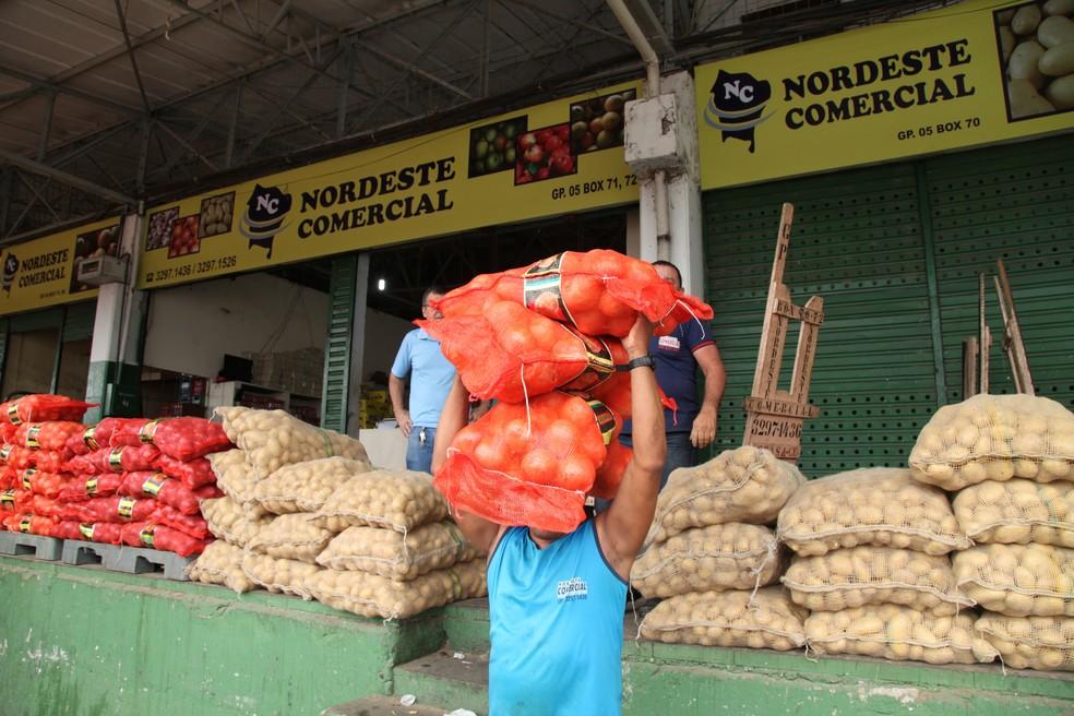 A batata-inglesa chegou a custar R$ 10,00 o quilo durante a greve dos caminhoneiros. (Foto:  Ceasa de Maracanaú/Divulgação)