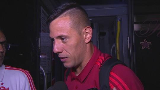 Diego Alves critica atuação do Flamengo e vê Vasco melhor em campo no clássico