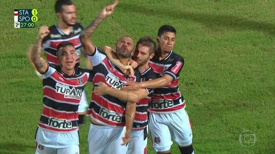 """Após falhas, Magrão é acolhido por Milton Cruz no Sport: """"Tem crédito"""""""