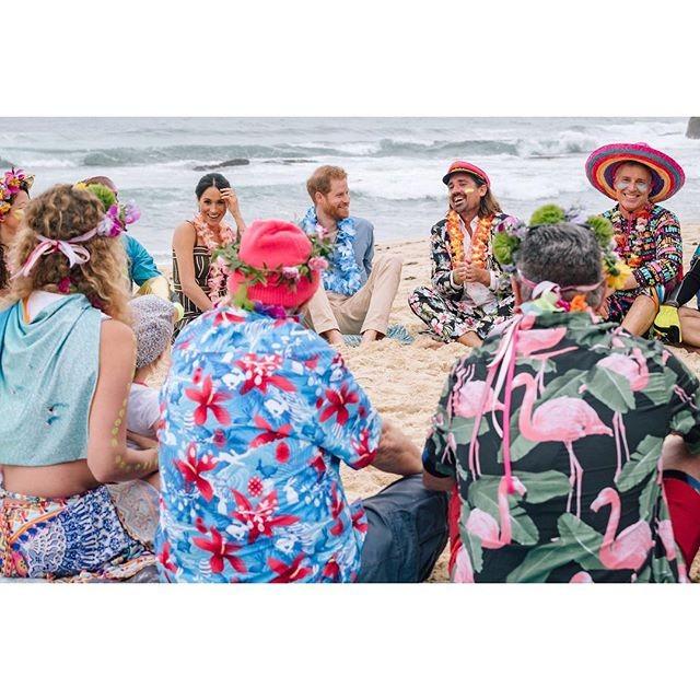 Meghan e Harry em Bondi Beach (Foto: Reprodução/Instagram)