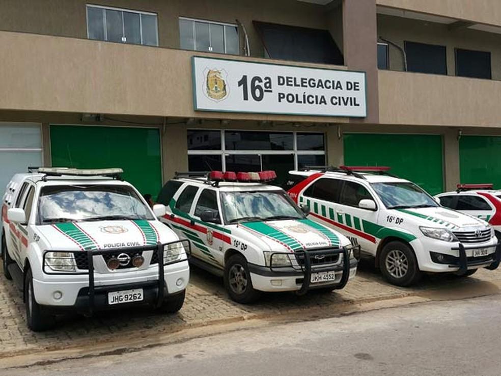 Fachada da 16ª Delegacia de Polícia (Planaltina) — Foto: Raquel Morais/G1