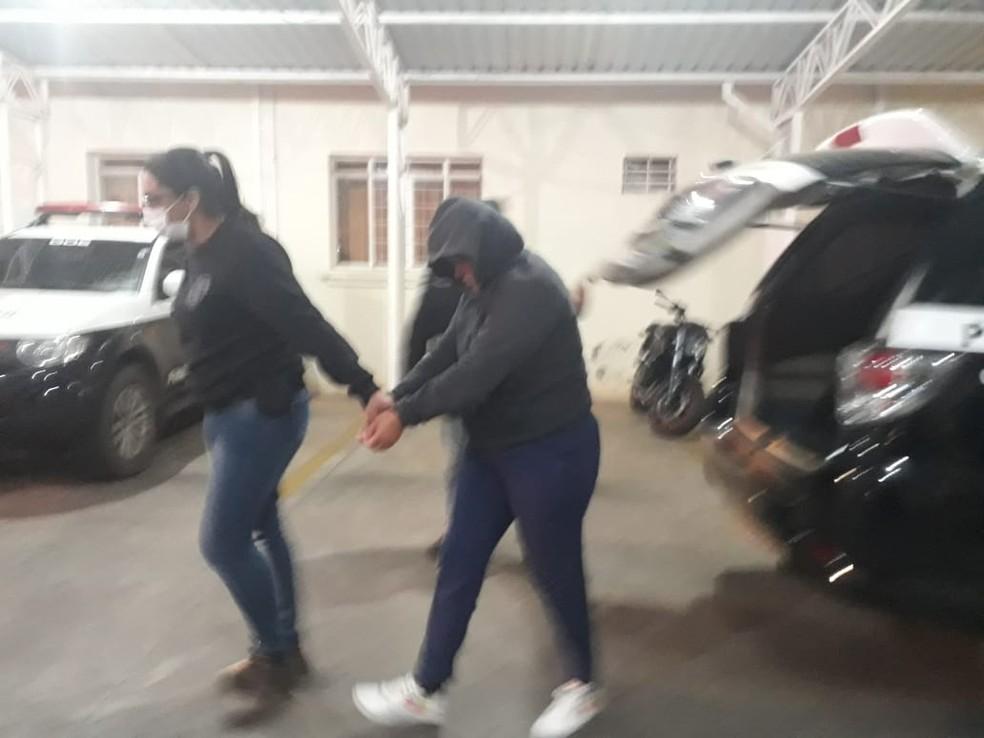Sara Santos da Fonseca foi presa nesta quinta-feira (5) em Avaré — Foto: A Voz do Vale/Divulgação