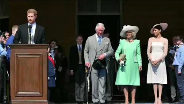 Príncipe Harry e Meghan Markle, Príncipe Charles e Camilla Parker (Foto: Instagram / @kensingtonroyal)