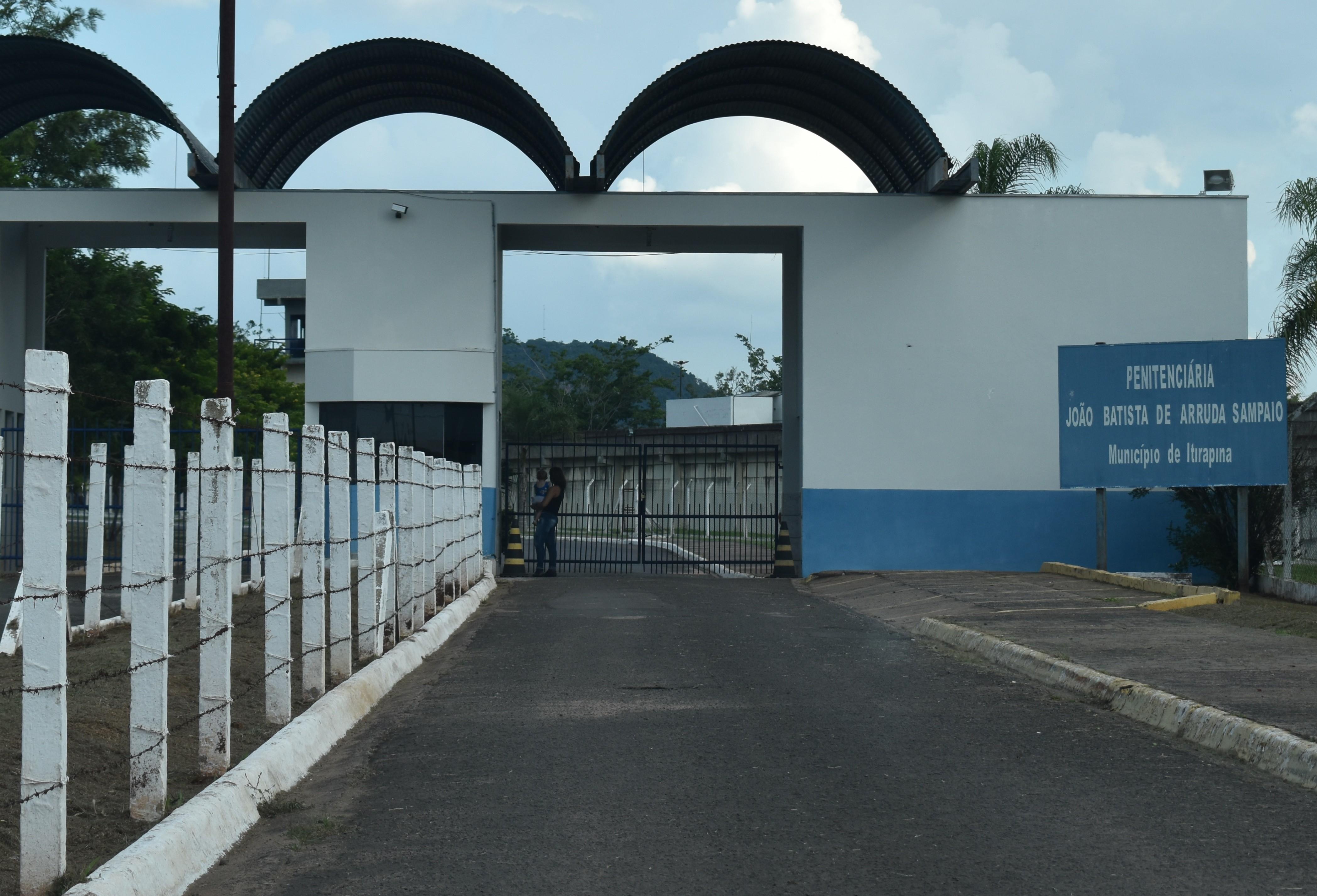 Covid-19: 53 presos e quatro servidores da penitenciária 2 de Itirapina testam positivo