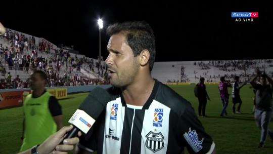 """Eduardo Erê reconhece eliminação na bola, mas critica FPF: """"Futebol pernambucano está um pouco decadente"""""""