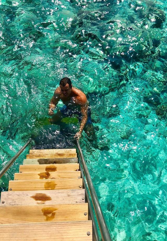 Marcella Fogaça e Joaquim Lopesnas Maldivas (Foto: reprodução/Instagram)