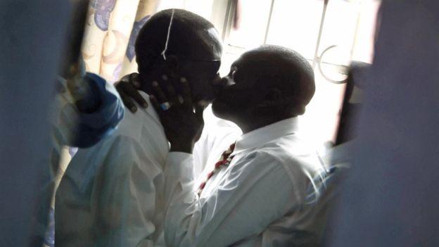 A homofobia é pior em países que tornam as pessoas LGBT 'invisíveis', diz ativista (Foto: AFP/BBC News)