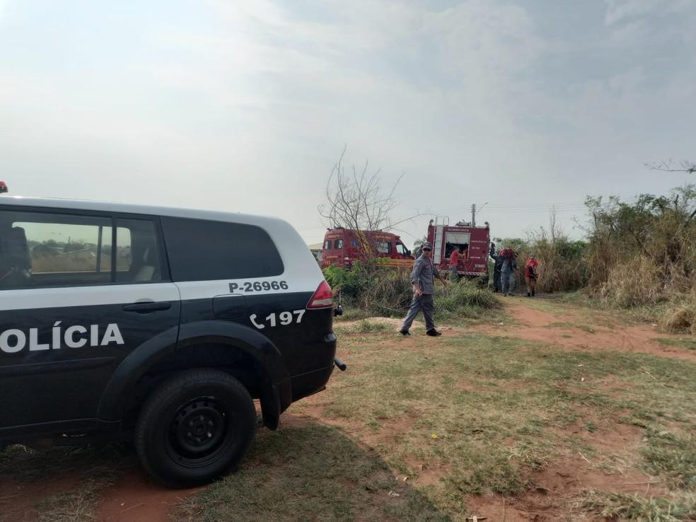 Mergulhadores buscaram no Rio Paraná a cabeça de homem esquartejado em Presidente Epitácio (SP), mas não a encontraram, durante quatro horas de diligências, nesta quarta-feira (15) — Foto: Polícia Civil