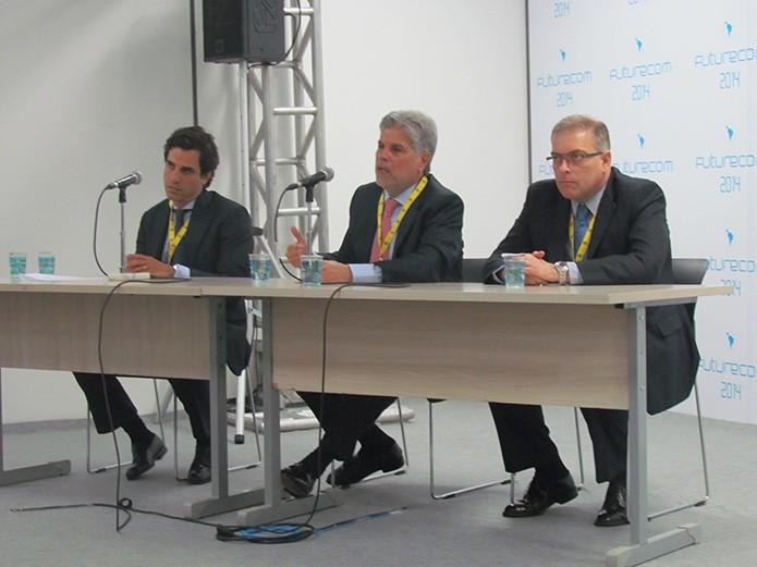 Vivo lança módulo para carro em evento na Futurecom 2014 (Foto: Paulo Alves/TechTudo)