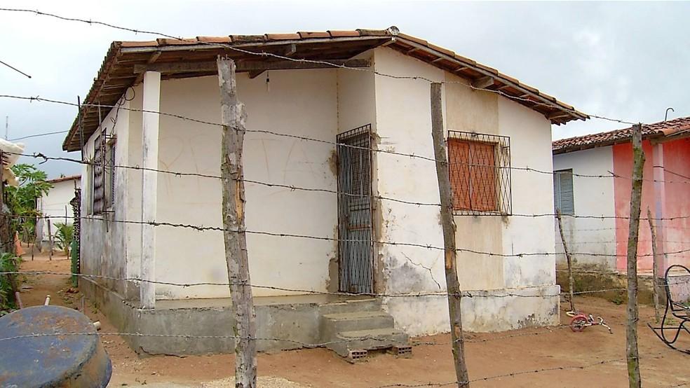 Maria José foi morta na casa em que morava, na zona rural de Ceará-Mirim (Foto: Robson Oliveira/Inter TV Cabugi)