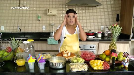 Veja como preparar um pãozinho recheado com creme de abacate agridoce