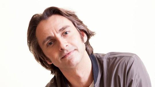 André Dias sobre sua 1ª novela: 'Fui mordido pelo bichinho da TV'