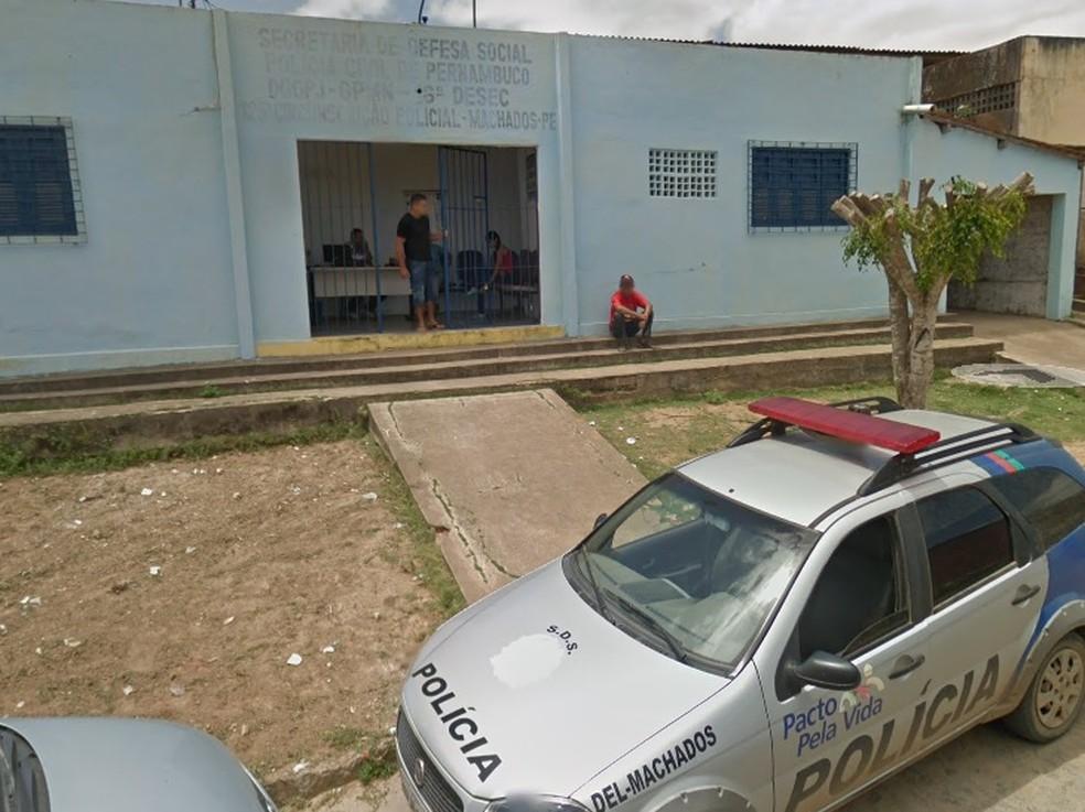 Delegacia de Machados fica no interior de Pernambuco — Foto: Reprodução/Google Street View