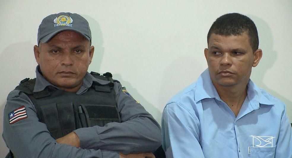 Policiais miitares Dauvane Sousa (à esquerda) e Helenilson Pereira (à direita) foram julgados por assassinato de serralheiro em Imperatriz — Foto: Reprodução/TV Mirante