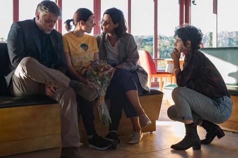 Fábio Assunção, Leticia Colin e Mariana Lima são dirigidos por Luisa Lima na série 'Onde está meu coração'. (Foto: Fábio Rocha/TV Globo)