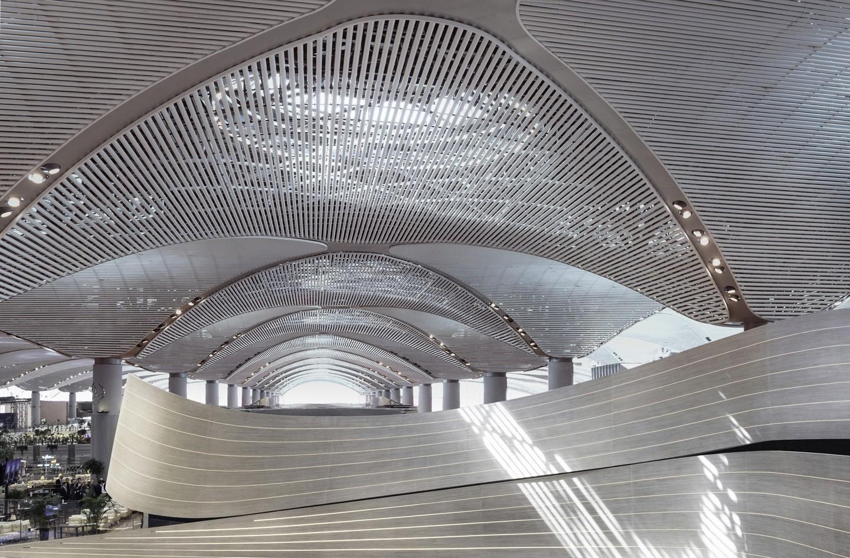 Aeroporto de Istambul tem estrutura paramétrica mais longa do mundo (Foto: Divulgação)