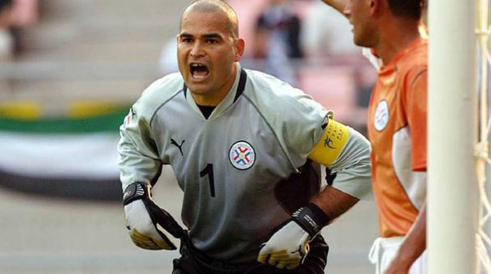 Chilavert foi goleiro da seleção paraguaia em 74 partidas durante sua carreira — Foto: Telemundo Deportes