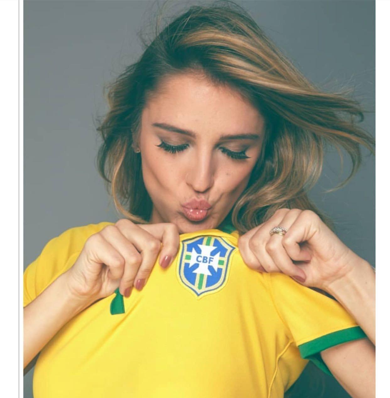 Rafa Brites: Vai!!!!!! Na boa, não é chique dizer isso mas eu já acordo com dor de barriga aff... Ps: entenda CBF como o escudo do Brasil, da seleção de futebol. Pq a CBF instituição não merece beijo, nem aperto de mão... (Foto: Reprodução/Instagram)