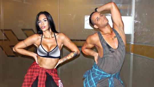 Ex-BBB Mayara Motti perde 2,5kg com aula de stiletto e indica: 'Deixa bumbum durinho'