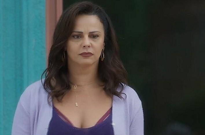 Viviane Araújo é Neide (Foto: TV Globo)