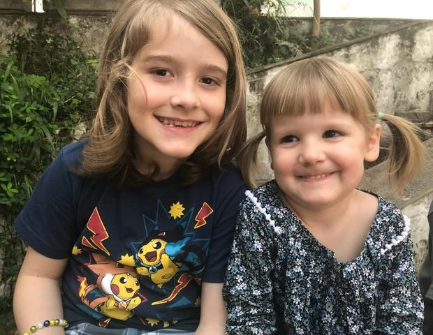 Joaquim com a irmã mais nova, Iolanda (Foto: Arquivo Pessoal)