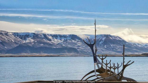 Muitas pessoas acreditam que os vikings são responsáveis pela cozinha tradicional islandesa (Foto: Getty Images/BBC)