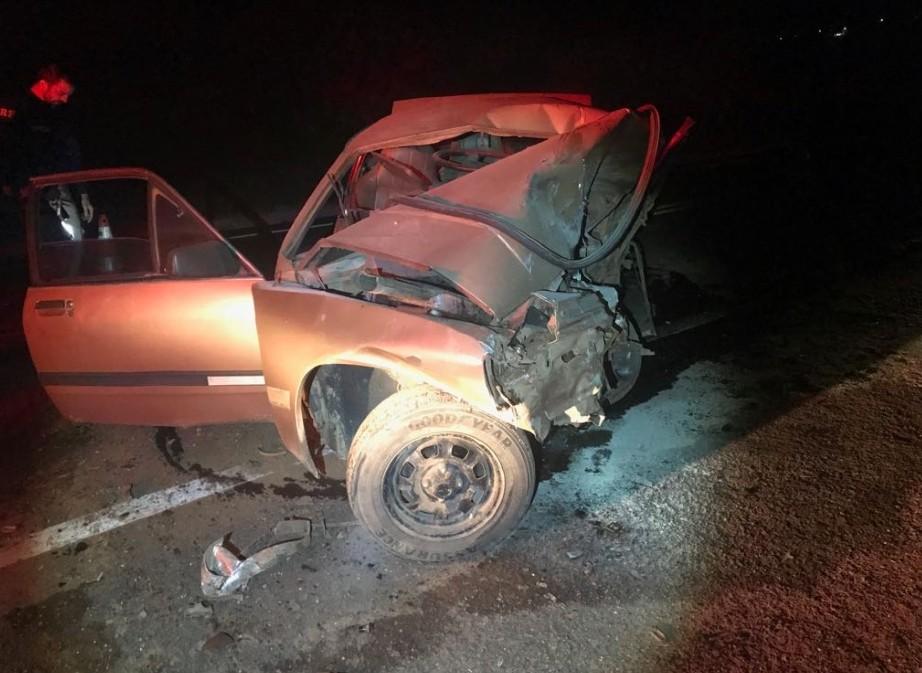 Homem morre após batida de frente entre carros na BR-146, próximo a Cabo Verde, MG