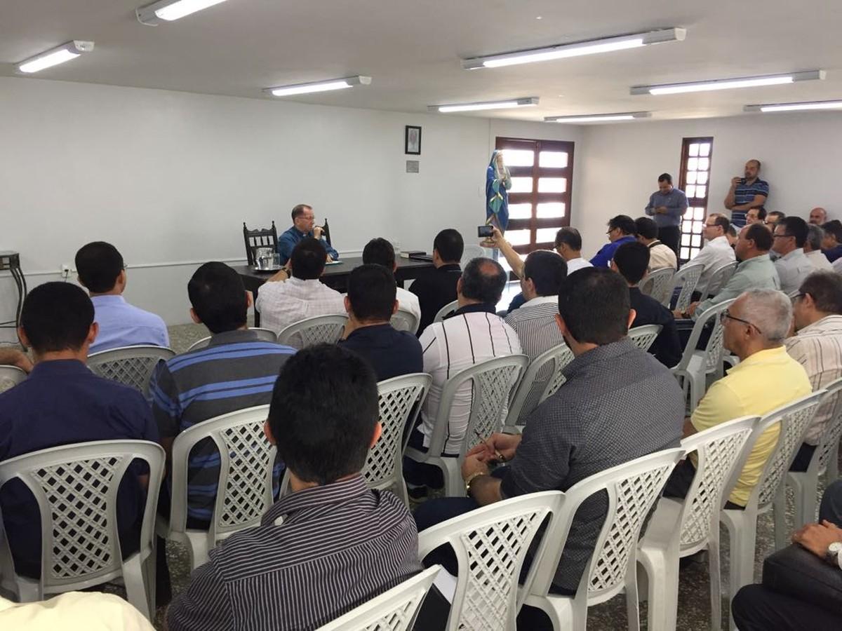 Diocese de Caruaru divulga data das posses de padres para 2018