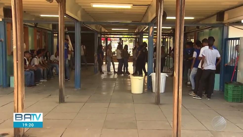 foto4 Ensino médio da Bahia fica em último lugar em avaliação do MEC Geral