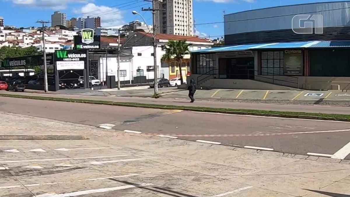 Suspeita de bomba em cartório mobiliza policiais do Gate em Bragança Paulista, SP - G1