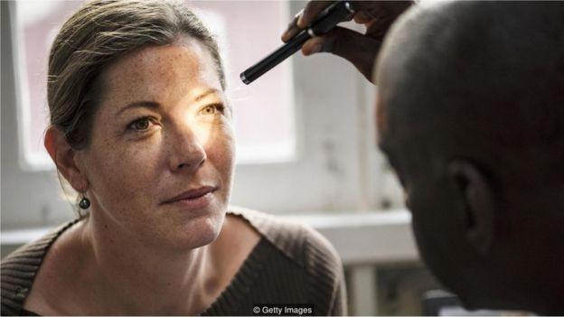 Médicos raramente detectam doenças em pacientes que não apresentam sintomas (Foto: Getty Images via BBC News Brasil)