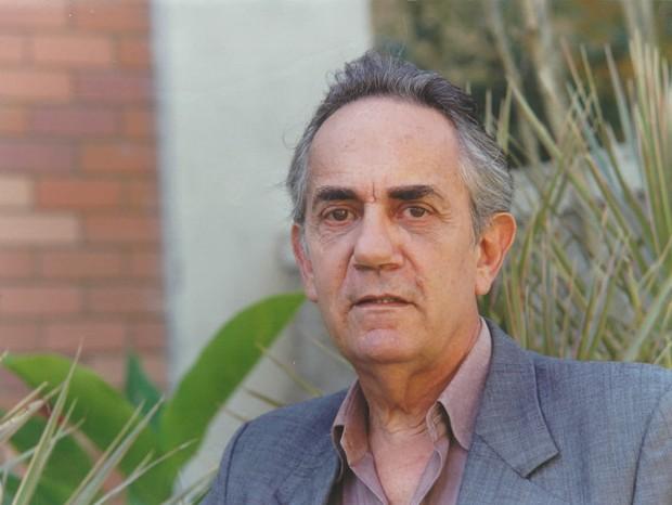 Paulo José em Por Amor como Pedro (Foto: Nelson Di Rago)