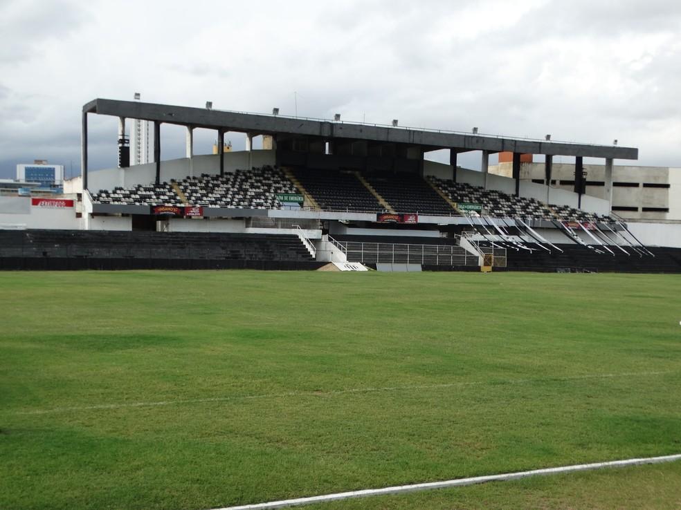 Jogo será no estádio Lacerdão (Foto: Lafaete Vaz / GloboEsporte.com)
