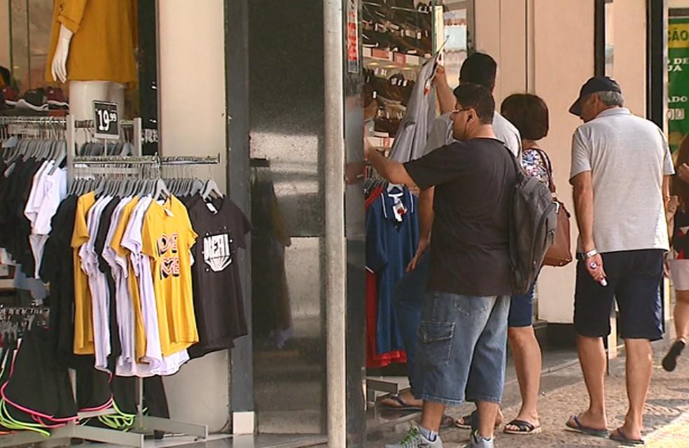 Lojas do comércio de Rio Claro poderão abrir a partir deste sábado — Foto: Nilson Porcel/EPTV