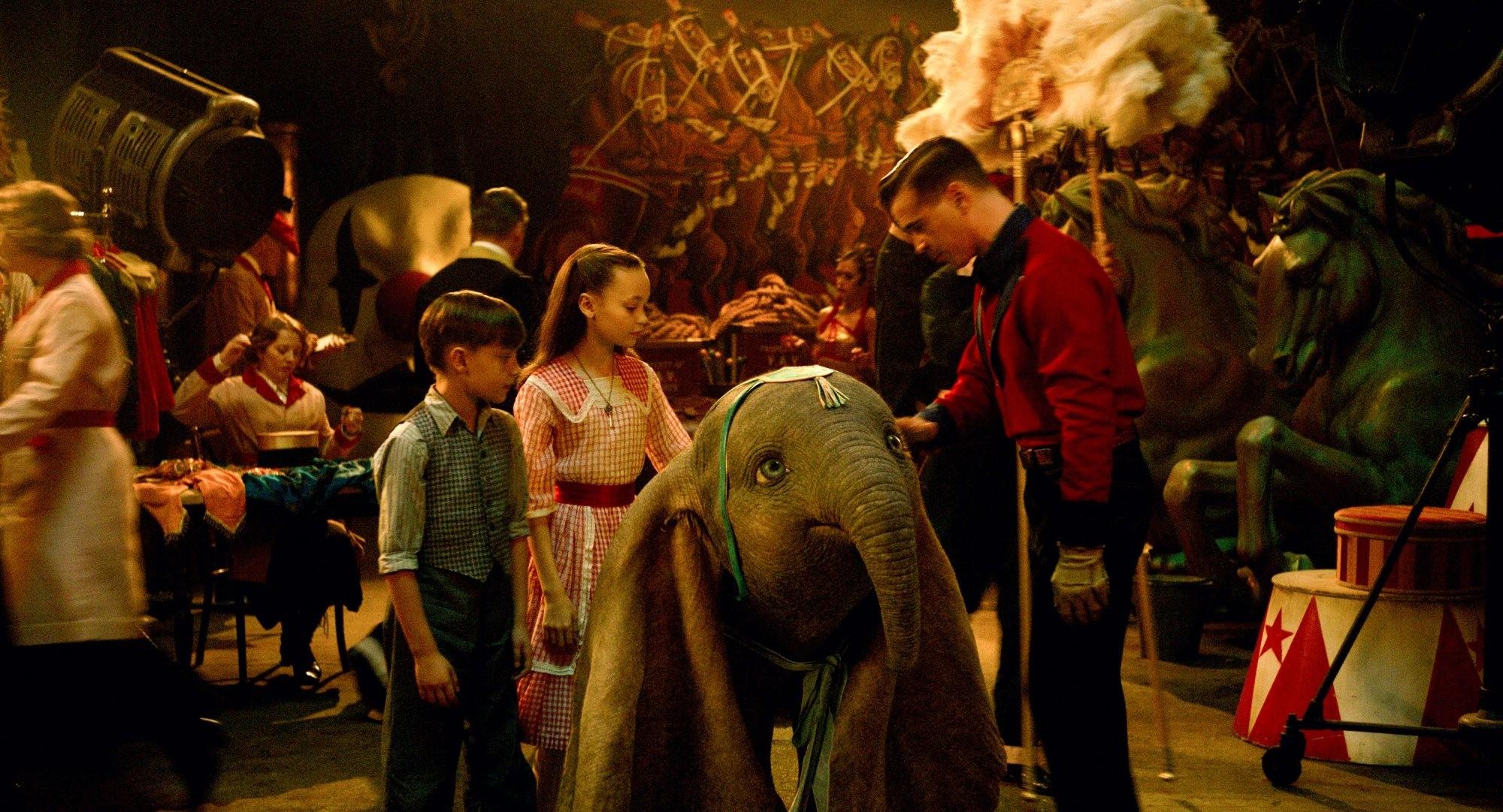 Cena de Dumbo, dirigido por Tim Burton (Foto: Reprodução/Disney)