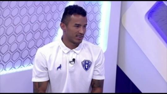 """Ex-Palmeiras, Bruno Oliveira revela que foi """"cortado"""" de quarto por Marcos Assunção"""