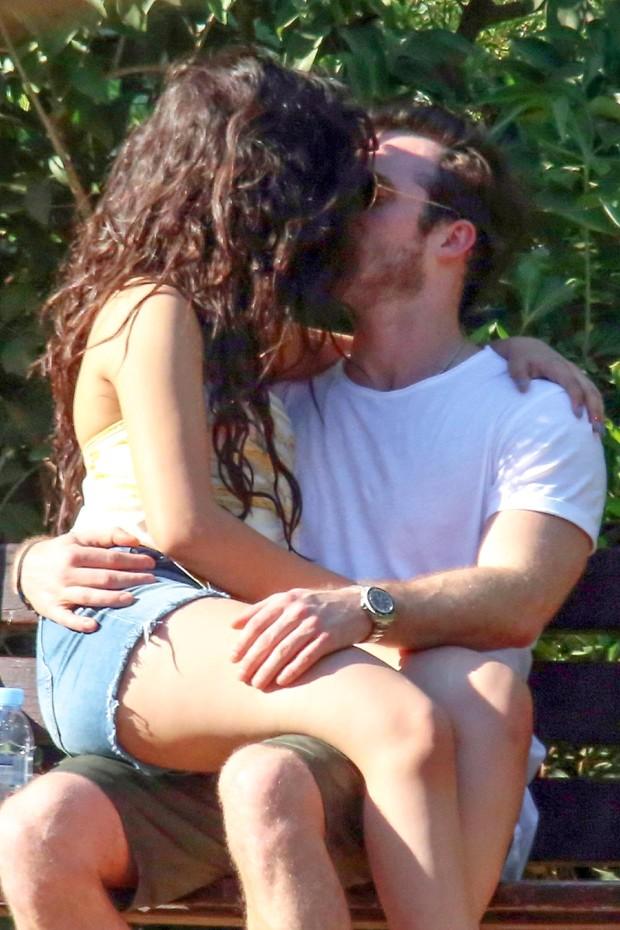 Camila Cabello e o namorado, Matthew Hussey  (Foto: Backgrid)