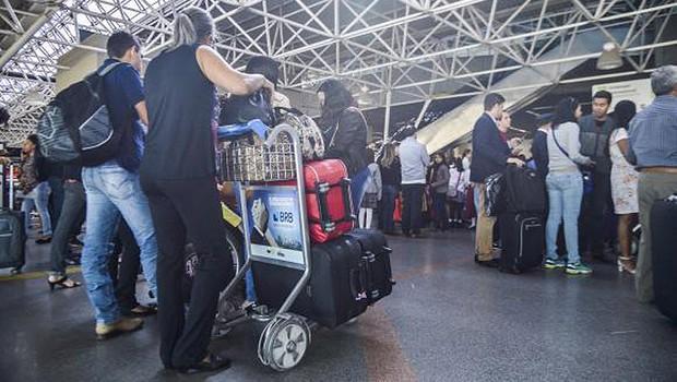 Aeroporto ; bagagem ; aviação ; viagem ; malas ; novas regras da Anac ; passagens aéreas ; passageiros ; (Foto: José Cruz/Agência Brasil)