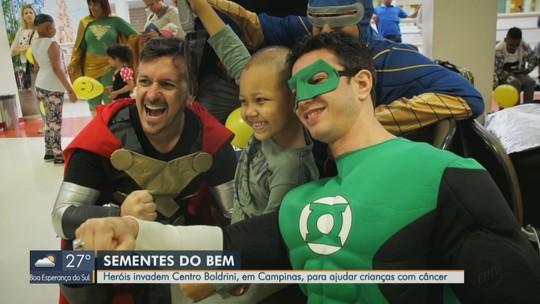 Sementes do Bem: Heróis visitam crianças com câncer no Centro Boldrini em Campinas