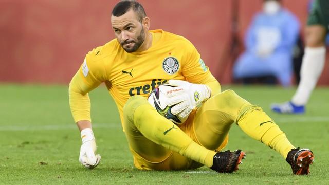 Weverton não consegue evitar decepção contra o Al Ahly