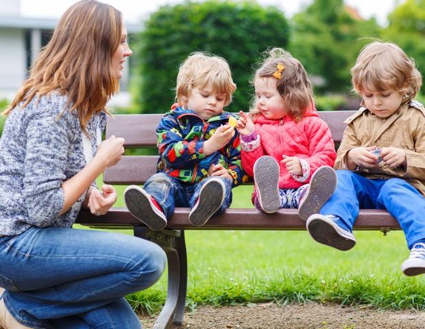 Três filhos pode ser mais estressante do que quatro, revela estudo (Foto: Thinkstock)